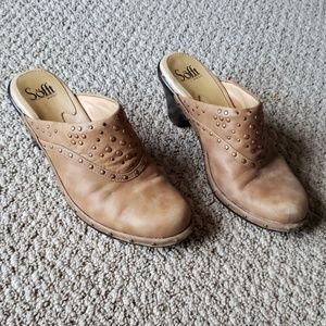 Sofft Size 6 M Tan Leather Clogs